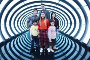 Gabby Duran, niñera de aliens, trae nuevos episodios en Disney Channel