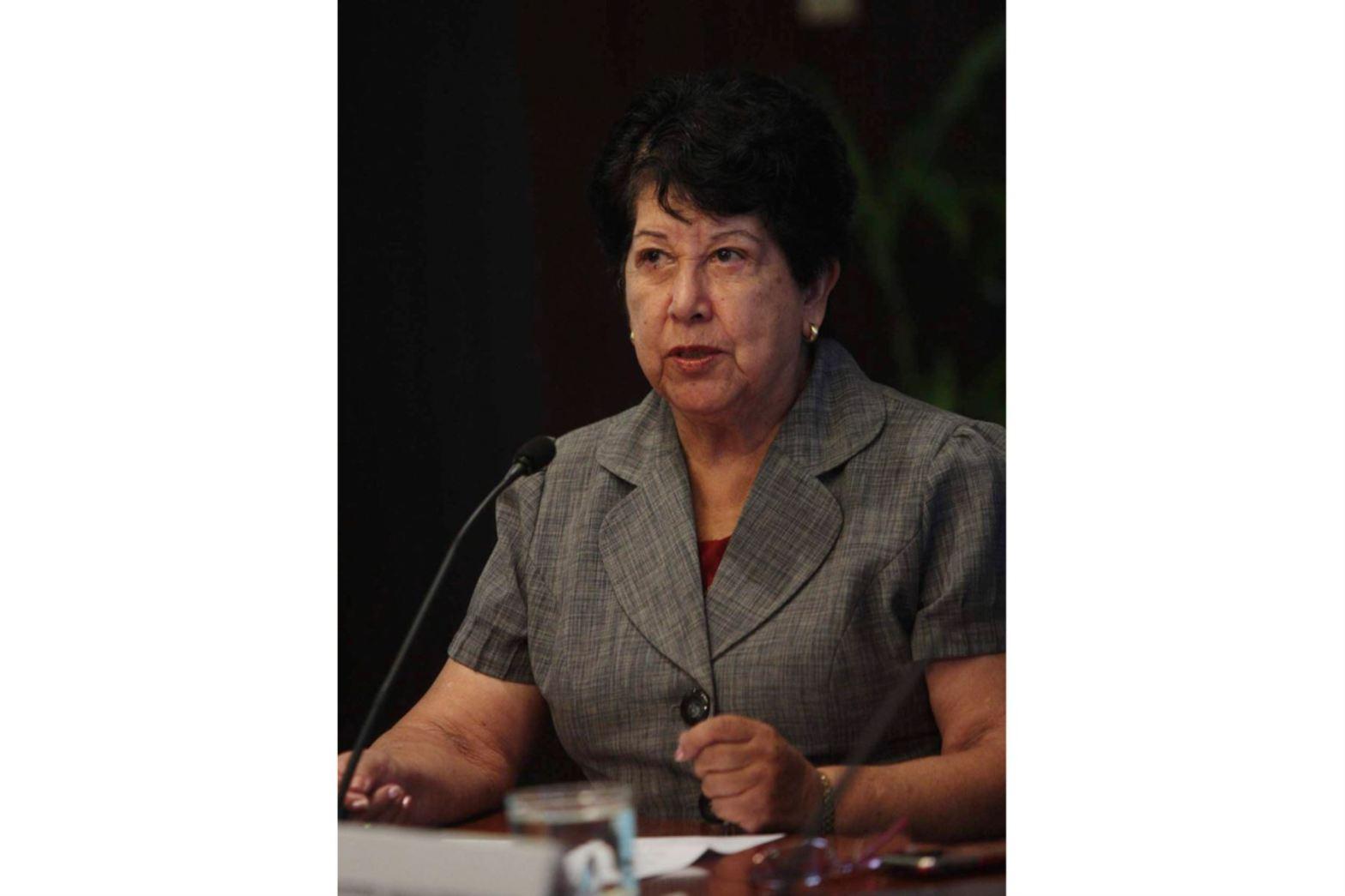 "CONFIEP otorga medalla al ""Mérito Empresarial"" a Graciela Fernández-Baca"