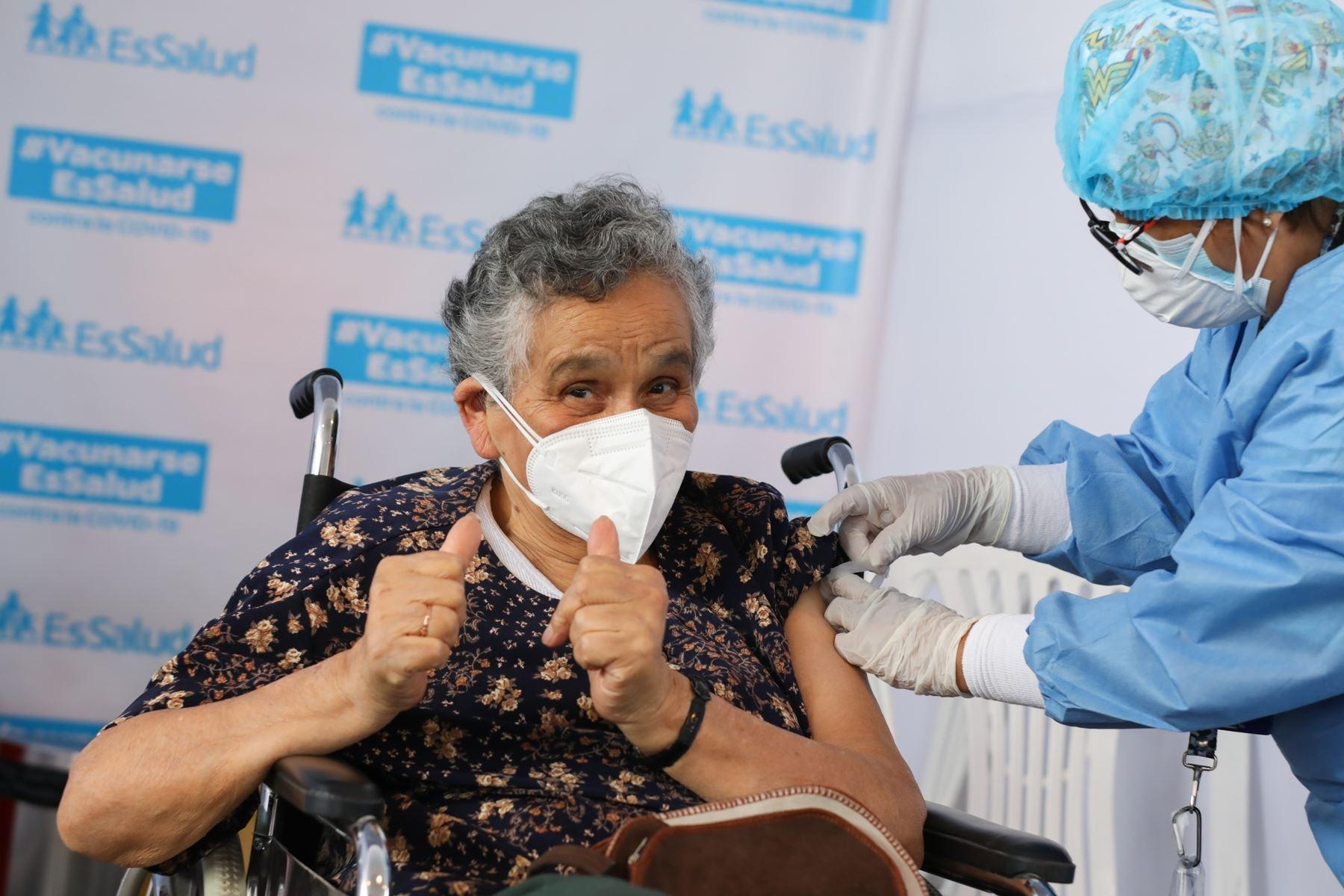 Presidente Francisco Sagasti presenta nuevo plan de Vacunación contra el COVID-19