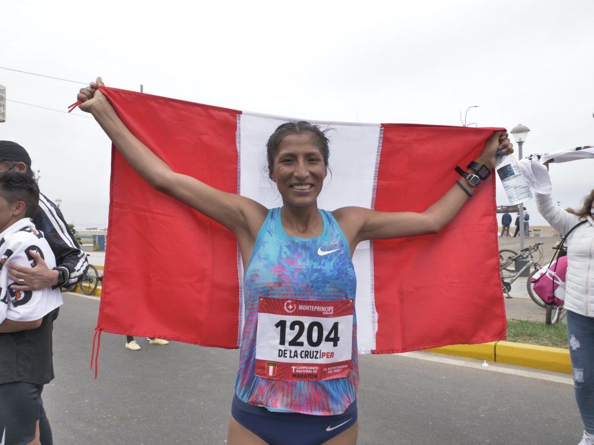 Atleta Jovana de la Cruz clasifica a Tokio 2020