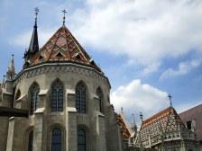 Saint Matthias et ses toits colorés