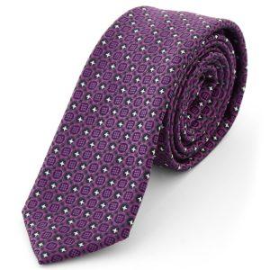 Corbata con diseño morado