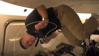 Photo of بالفيديو: رائدا الفضاء يقدمان جولة سريعة في كبسولة سبيس إكس الجديدة وهما في المدار