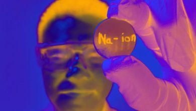Photo of باحثون يطورون بطارية عالية الكفاءة تعمل بأيونات الصوديوم
