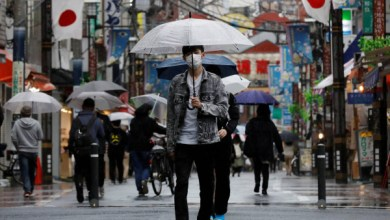 صورة وكالة أنباء الإمارات – موجة جديدة من كورونا تضرب المزيد من محافظات اليابان