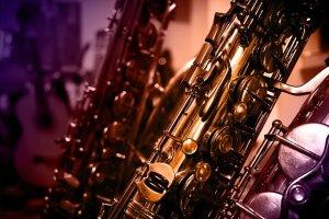 Saxophone Instrument Music  - xxx_Zephyr_xxx / Pixabay