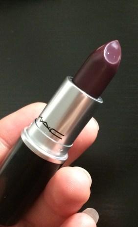 Mac Smoked Purple Swatches Tragebilder Review 1