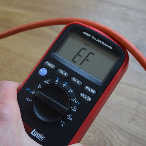 NCV testing extension cord with multimeter ennoLogic eM860T