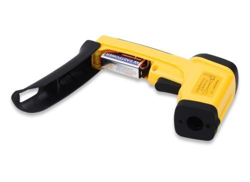 eT650D temperature gun battery compartment