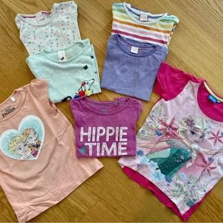 7 Mädchen T-Shirts 98/110 auf Enno's Flohmarkt kaufen