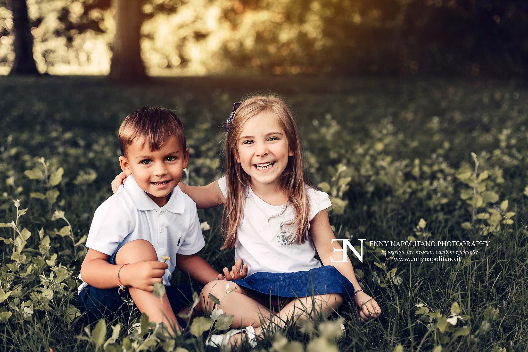 Fotografia in esterna bambini famiglie Milano