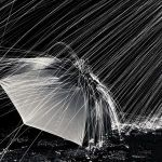 【不穏すぎる】注文住宅のチラシのインクが雨でにじんだ結果www