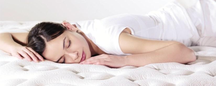 Cara Mengatasi Susah Tidur dengan Berpakaian yang Nyaman