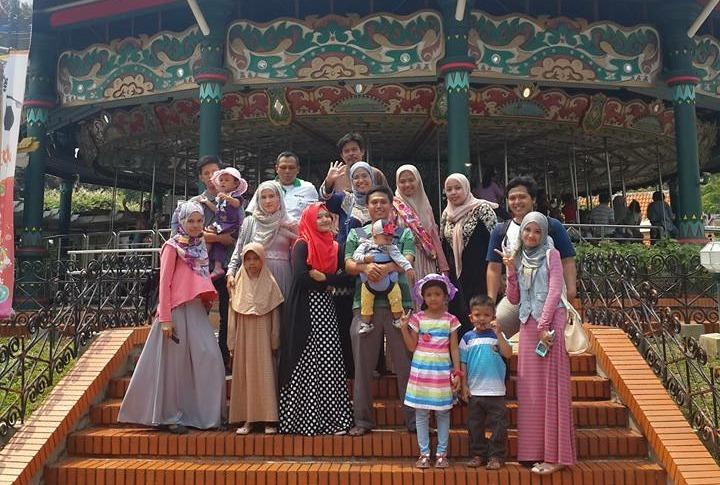 Mau Liburan Hemat Bareng Keluarga Besar? Simak Dulu Tips Wisata Keluarga yang Satu Ini