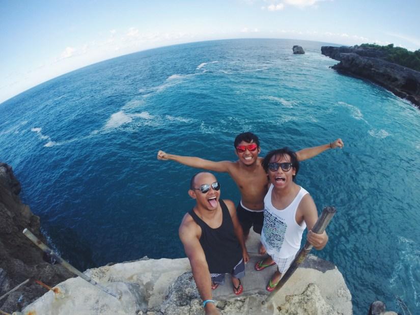 tempat wisata alam pantai blue lagoon