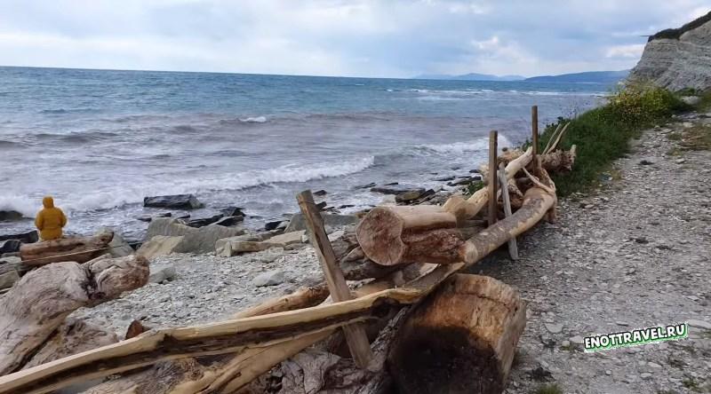 Нудистский пляж в с. Дивноморское будет закрыт от свободного доступа. Пляж-Факел будет огорожен заборами, которые не позволят тысячам нудистов добраться до своего любимого пляжа.  Нудистский пляж в с. Дивноморское будет закрыт?