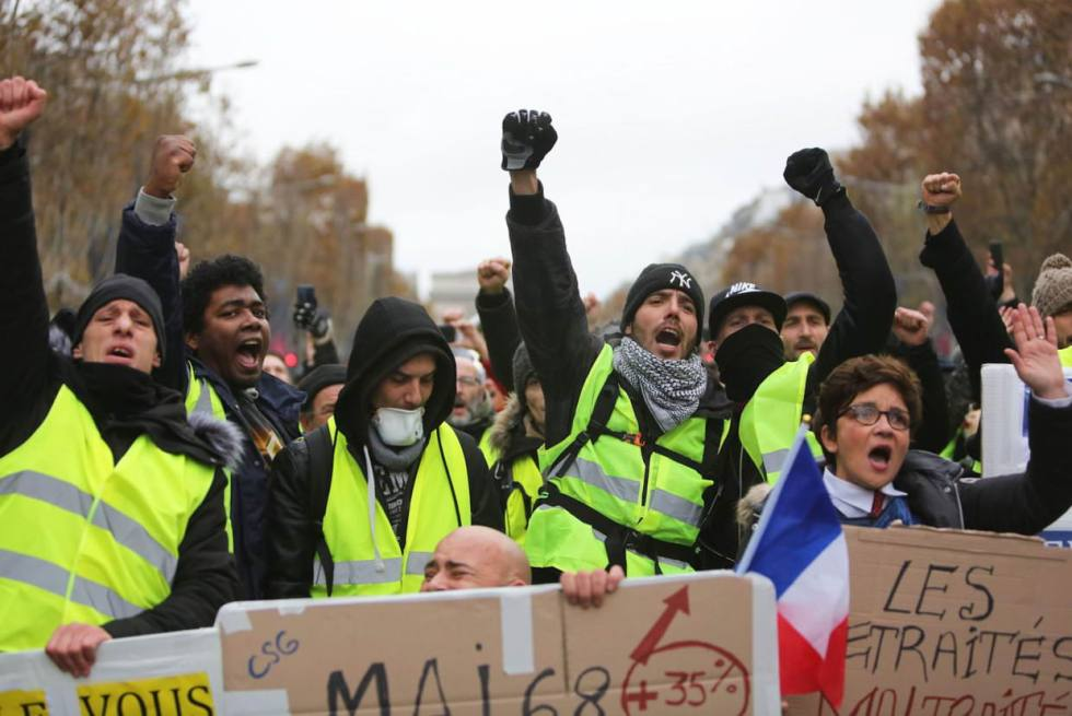 yellow-vests-demonstration-in-paris