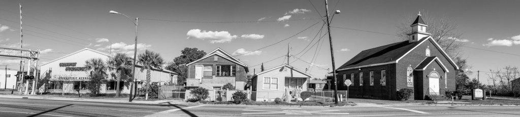 Photo of an Upper Peninsular Neighborhood