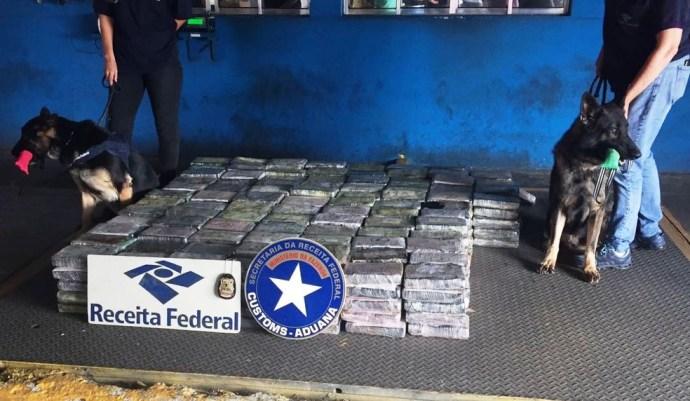 Mais de meia tonelada de cocaína foi localizada e apreendida no Porto de Santos, SP (Foto: Divulgação/Receita Federal)