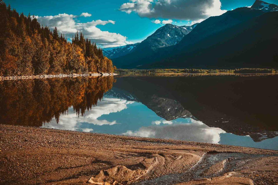 lac montagne voyage destination voyage tourisme vacances coaching organisation conseils accompagnement peurs