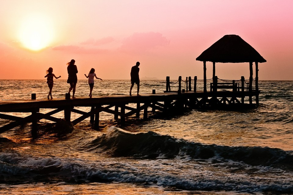 enfants famille mer voyage décalage horaire