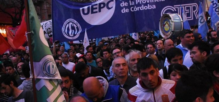 Gremios cordobeses se muestran juntos, elevan la presión y piden paro nacional
