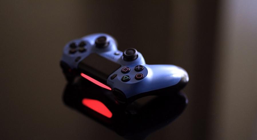 ¿Problemas con tu mando de juegos DualShock 4 de Sony? Te explicamos como resolverlos