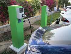 Gas2 Week in Review, February 25: Green Transportation Is Essential and Often Complicated