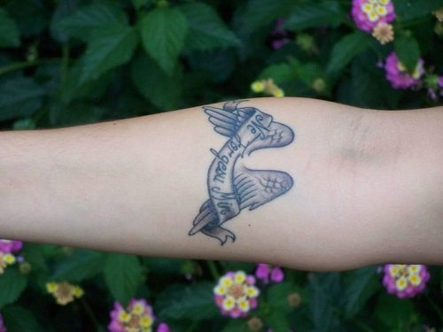 tatuaje-esperanto-ne-forgesu-min-2