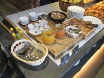 ONOMICHI U2の少な過ぎる朝食