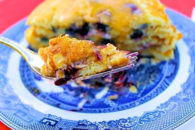 panquecas, panquecas con arándanos, blueberry pancakes