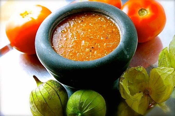 salsa de tomatillo y tomate