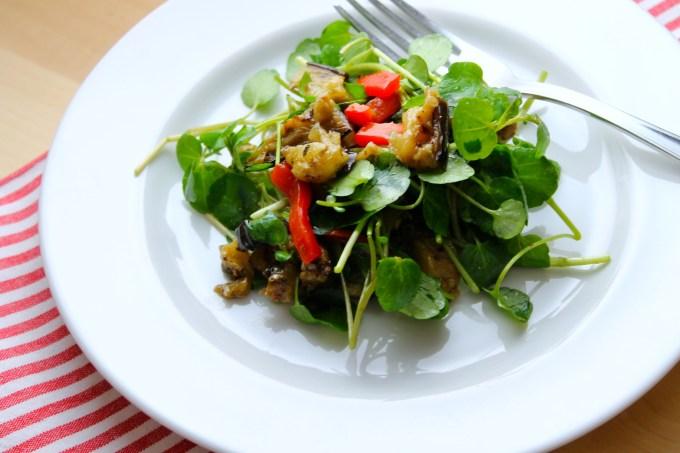 ensalada, ensalada de berros, ensalada de berros con vegetales al grill