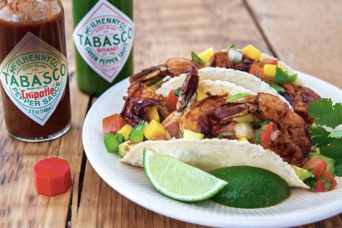 Chipotle & Garlic Shrimp Tacos with Mango Salsa - Photo: Tabasco