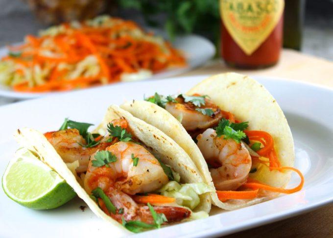 Tacos de langostinos con salsa picante - SAVOIR FAIRE by enrilemoine