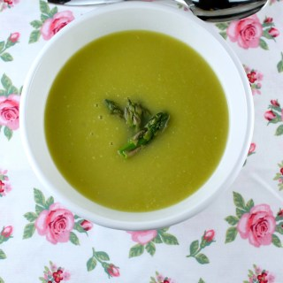 Creamy Asparagus Soup {Spring is in the air}