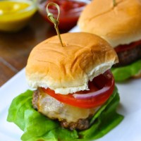 Cheeseburger Sliders: A Big Win for Game Day {VIDEO}