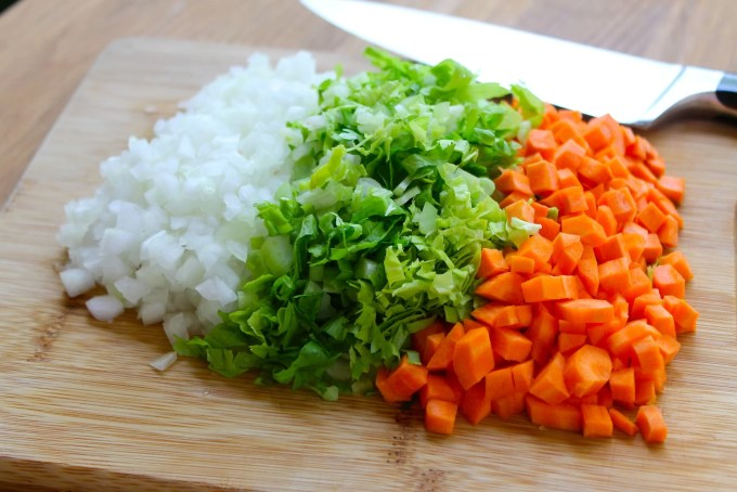 ingredientes para Sopa de lentejas con chipotle y chorizo
