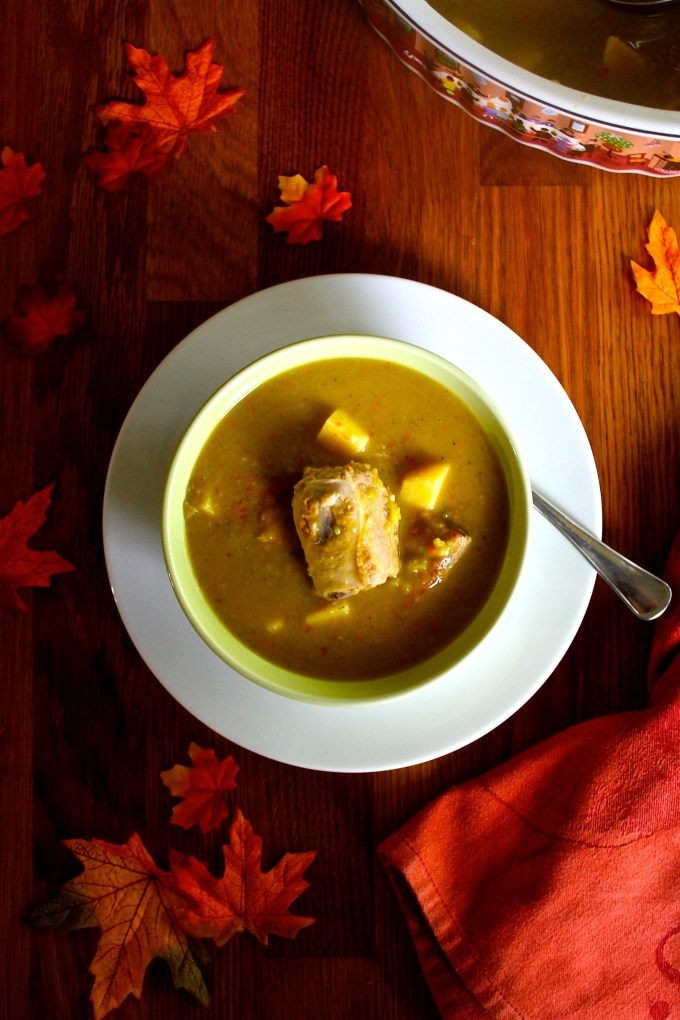 Split pea soup with pork ribs - SAVOIR FAIRE by enrilemoine