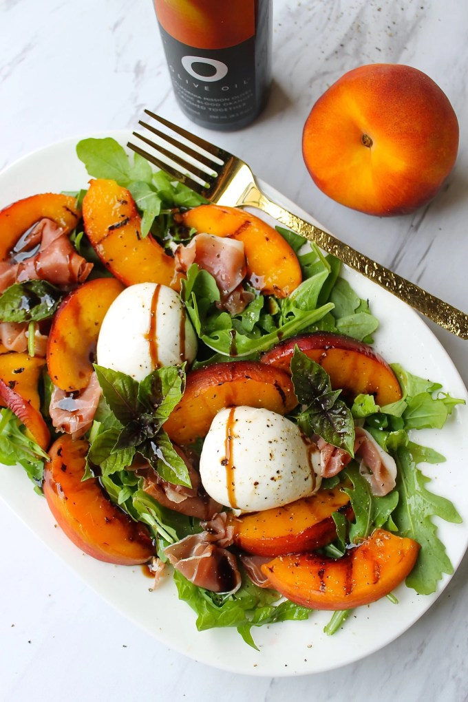 Burrata Cheese Salad with peaches and prosciutto by enrilemoine
