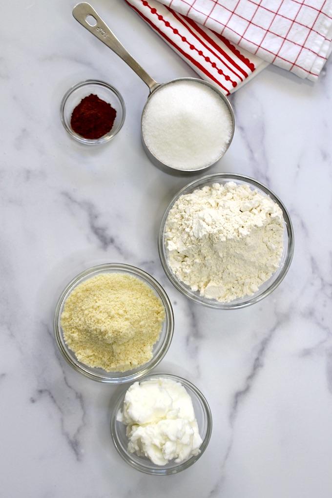 ingredientes para hacer polvorosas de almendra