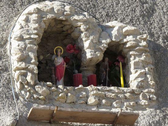 Santo Domingo de la Calzada y Santa Bárbara en el Túnel de Finca Adoc, Alicante