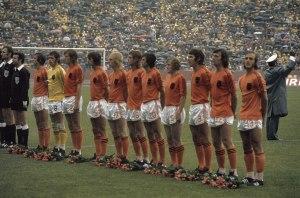 - Grandes selecciones que marcaron una época Holanda del 74