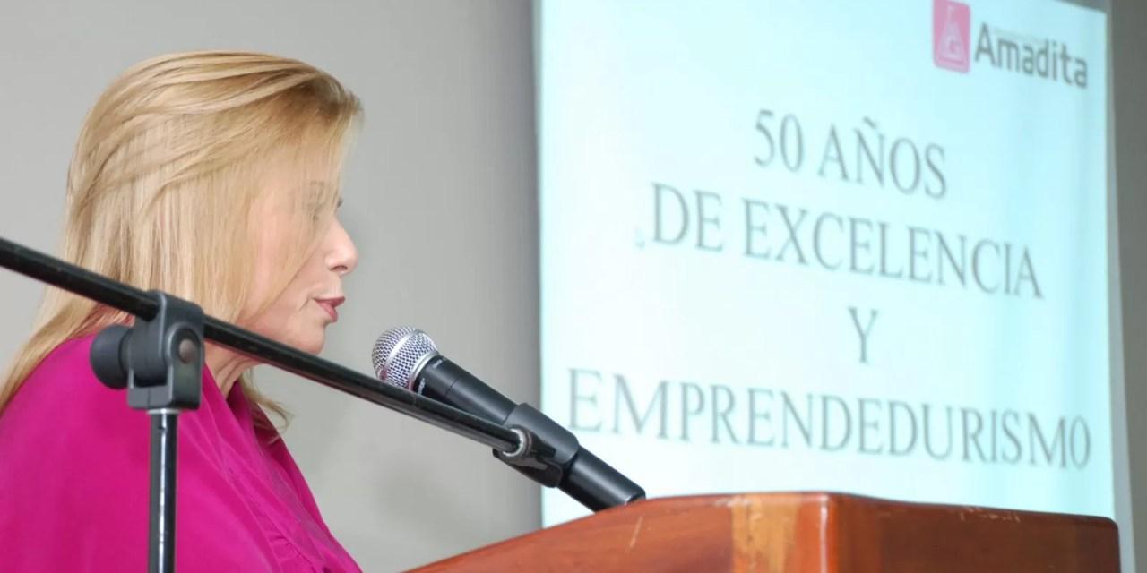 UNPHUEMPRENDE ofreció la conferencia Grandes Empresarios Dominicanos Con La Dra. Patricia González de Bergés