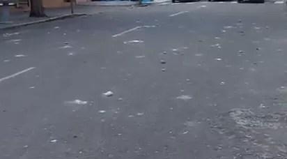 Así queda el entorno de la UASD luego de una lluvia de piedras (video)