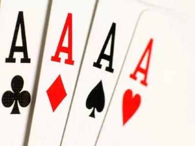 El FBI cierra tres sitios de poker online por blanqueo de dinero y fraude bancario