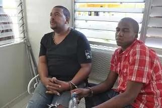 Apresan  hombres por llevar Wisky  a dos capos presos en Najayo