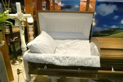 El Salón de la Muerte de París abre hoy sus puertas