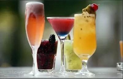 Según estudio el alcohol en las películas fomentaría alcoholismo adolescente