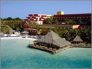 Denuncia el  atropello que cometieron con su familia en el Hotel Hamaca de Boca Chica